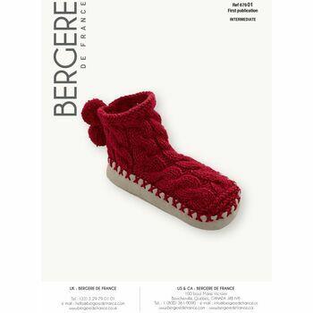 Cat. 15/16 - #216 Children's cable slipper socks