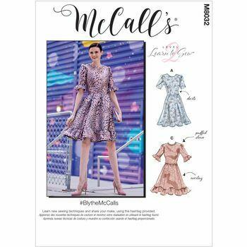 McCalls pattern M8032
