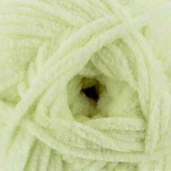 James C Brett Flutterby Chunky Yarn - Cream - B4 (100g)